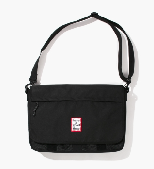FRAME MESSENGER BAG Black